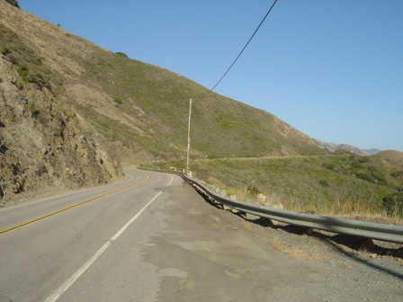 roadside turnou on the pacific coast highway