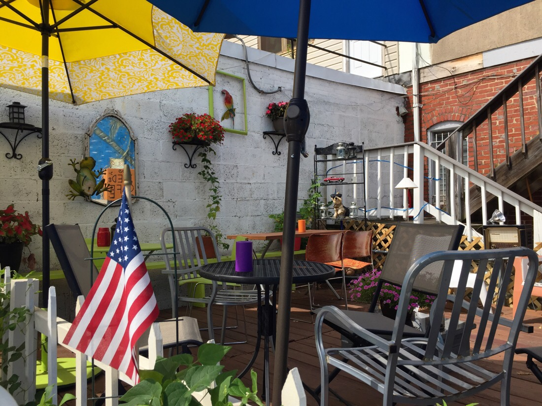 outdoor seating area at Zed's Cafe in Silver Spring, Maryland