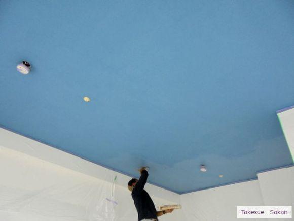 新築マンションの珪藻土塗り