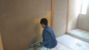 アク止め材の下塗り