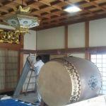 お寺の本堂の壁