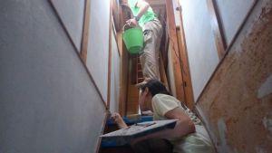 階段の左官作業