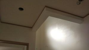 階段壁を漆喰風塗り