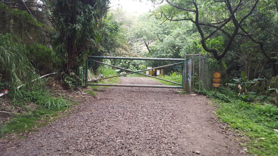 gate to the haiku stairs