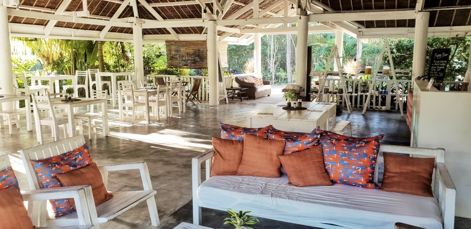 Mom Beach House Cafe, Bohol, Philippines
