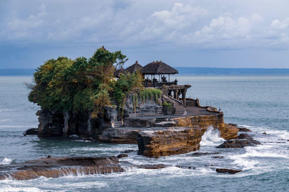 Pura Tanah Lot, Canggu, Bali, Indonesia