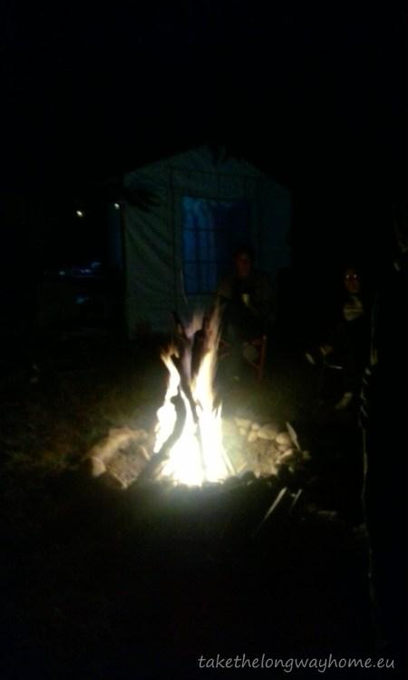 Povești la foc de tabără