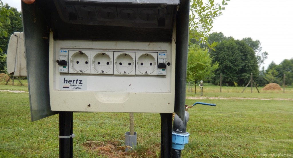 Posturi pentru electricitate 220 V