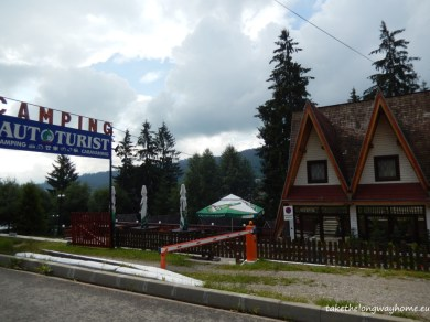 "Loc campare Autoturist, strada Runc, nr. 6, Vatra Dornei, județul Suceava // GPS : N 47°20'53,3"" E 25°20'55,8"" / Lat 47.34813 long 25.34883 // telefon : +40729 308 192"