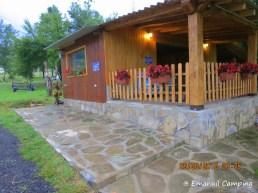 terasa campingului Emanuil