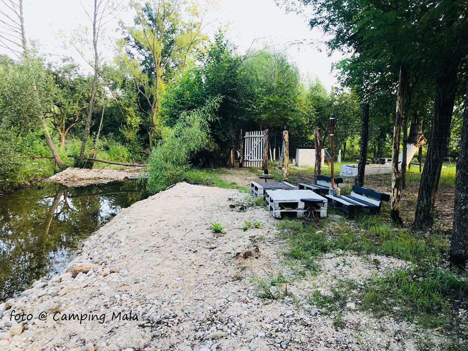 Loc de odihna in Camping Mala