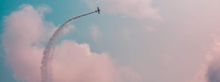 飛行機の旋回