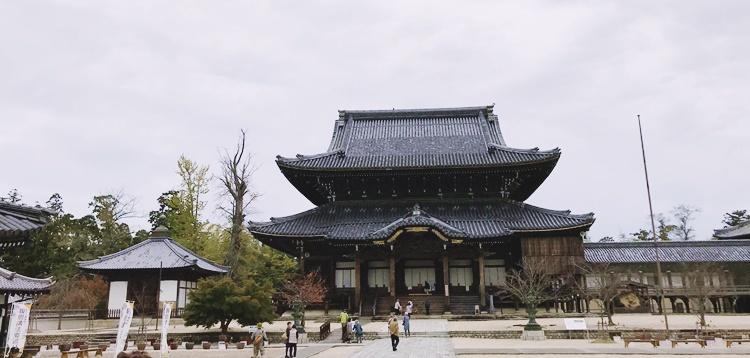 専修寺(国宝)