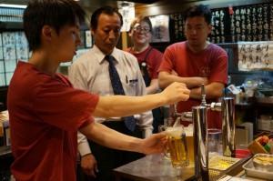 今年の生ビール講習 ちなみにアサヒビールさんの生ビール講習の正式名は「樽生講習」です(^o^)