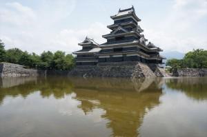 国宝の松本城です