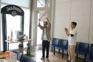 クイズ大会優勝者は、北店の平野さん!おめでとうございます!