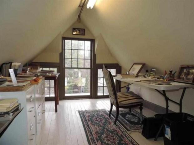 реконструкция на къщата с таванско помещение