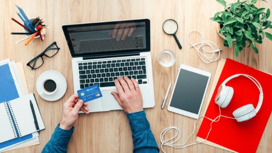 shopper buying online