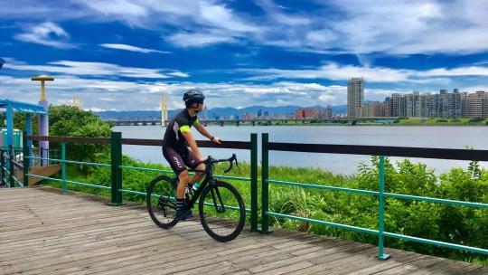 台湾でロードバイクをレンタルしてサイクリングを楽しむ STAGE01 レンタル~宿泊編