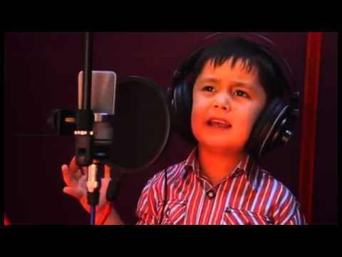 Dari Persian song 4 years old boy singing amazing in Dari Persian