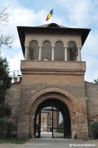 Poarta castelului - Mogoșoaia