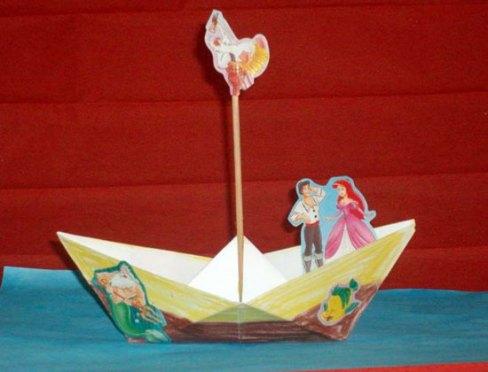 Barcă origami