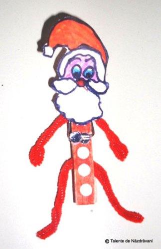 Mirela B., Durneşti Moş Crăciun. Chenille si un cârlig de rufe.