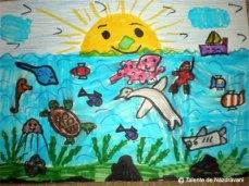 Andrei R., Craiova, clasa aIIa In desen apare el costumat in scafandru explorand lumea marina: se pot vedea pesti, un calut de mare, o broasca testoasa, o caracatita (cea roz), un delfin (acesta i-a dat batai de cap!), meduza, pisica de mare si rechinul (cel de jos suparat tare ca-l doare un dinte!:))) ).E nelipsit soarele...ce rade vesel bucurandu-se de o noua zi linistita. Se poate vedea si vaporasul, cel care il va duce la mal dupa terminarea scufundarii.