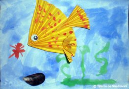 Pești din hârtie îndoită evantai