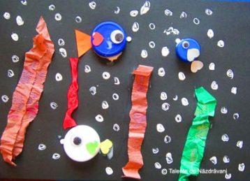 Colaj cu dopuri de plastic reciclate - acvariu cu pești