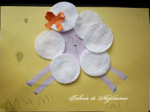 Alexandra Maria J., Focșani, 4 ani - oiță din discuri demachiante