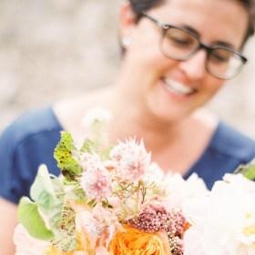Découvrez l'histoire de Laetitia , la fleuriste troubadoure derrière Florésie sur le blog⎟Talented Girls, conseils business et ondes positives pour les femmes entrepreneures ! www.talentedgirls.fr