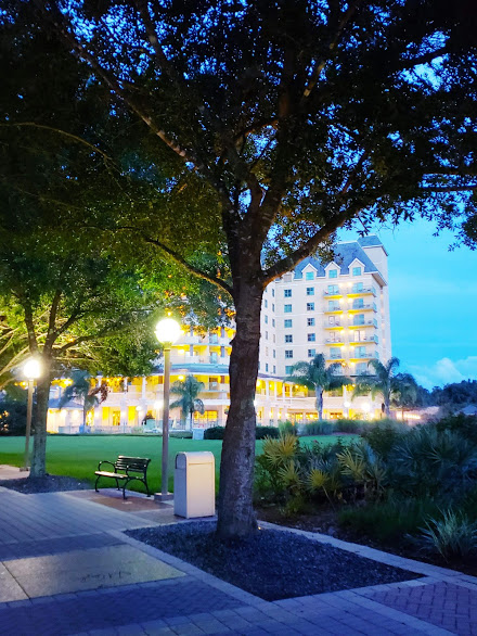 review of the renaissance resort at world golf village