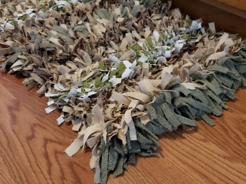 A Simple DIY Rag Rug