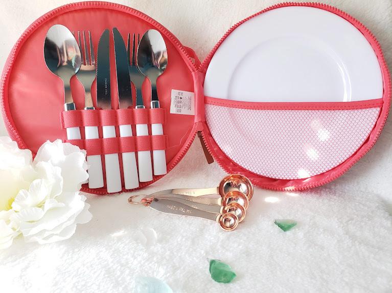 fabfitfun spring box measuring spoons and picnic sets