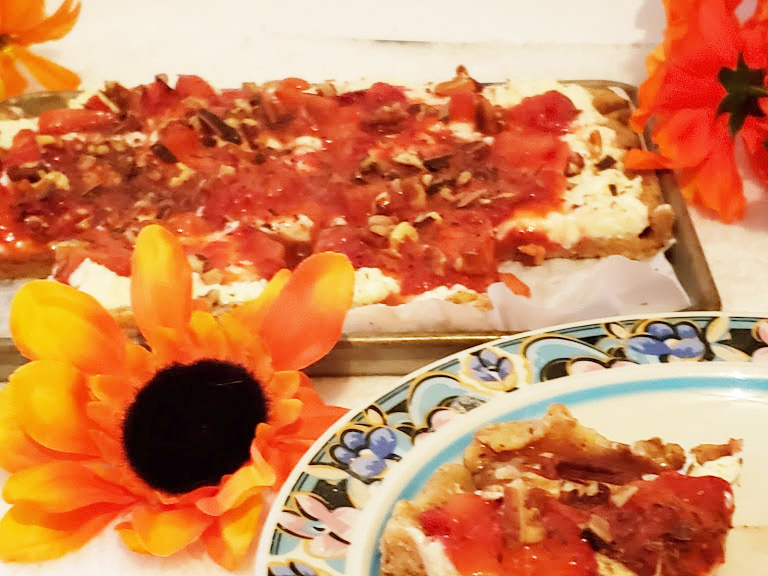 Keto Dessert Pizza,Strawberries and cream cheese flavor on a plate with floral decorations