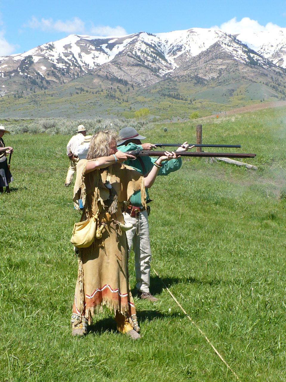 mountain man rendezvous,black powder shooting