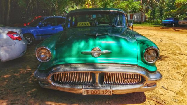 Old taxi in Cuba - Backpacking Cuba on a Budget Cheap Travel in Cuba