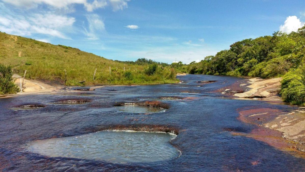 Las Gachas Colombia - La Quebrada las Gachas, like the Caño Cristales of Santander