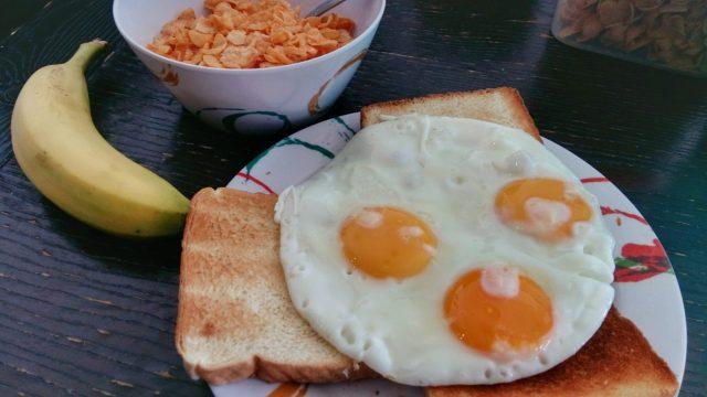 My yummy breakfast at the Mermaid Hostel Beach