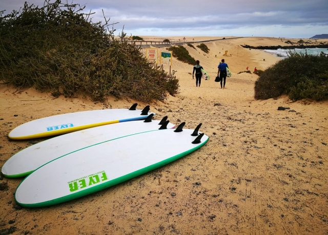 Surfboards on the beach in Fuerteventura - Read for my first surfing lesson with Planet Surf Camp