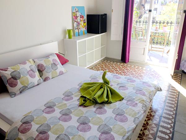 A Double Room in Fabrizzio's Petit - The Best hostel in Barcelona