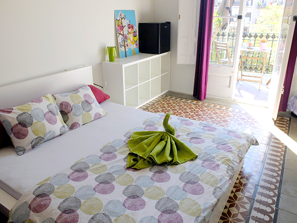 A Double Room in Fabrizzio's Petit - The Best hostel in Barcelona