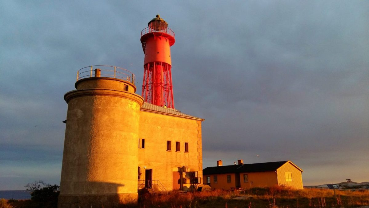 Utklippan Lighthouse at sunset - Things to do in Karlskrona, the Best Place to Visit in Sweden