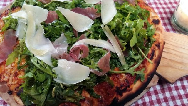What to do in Antigua Guatemala - Restaurants in Antigua - 241 Pizza from Angie Angie