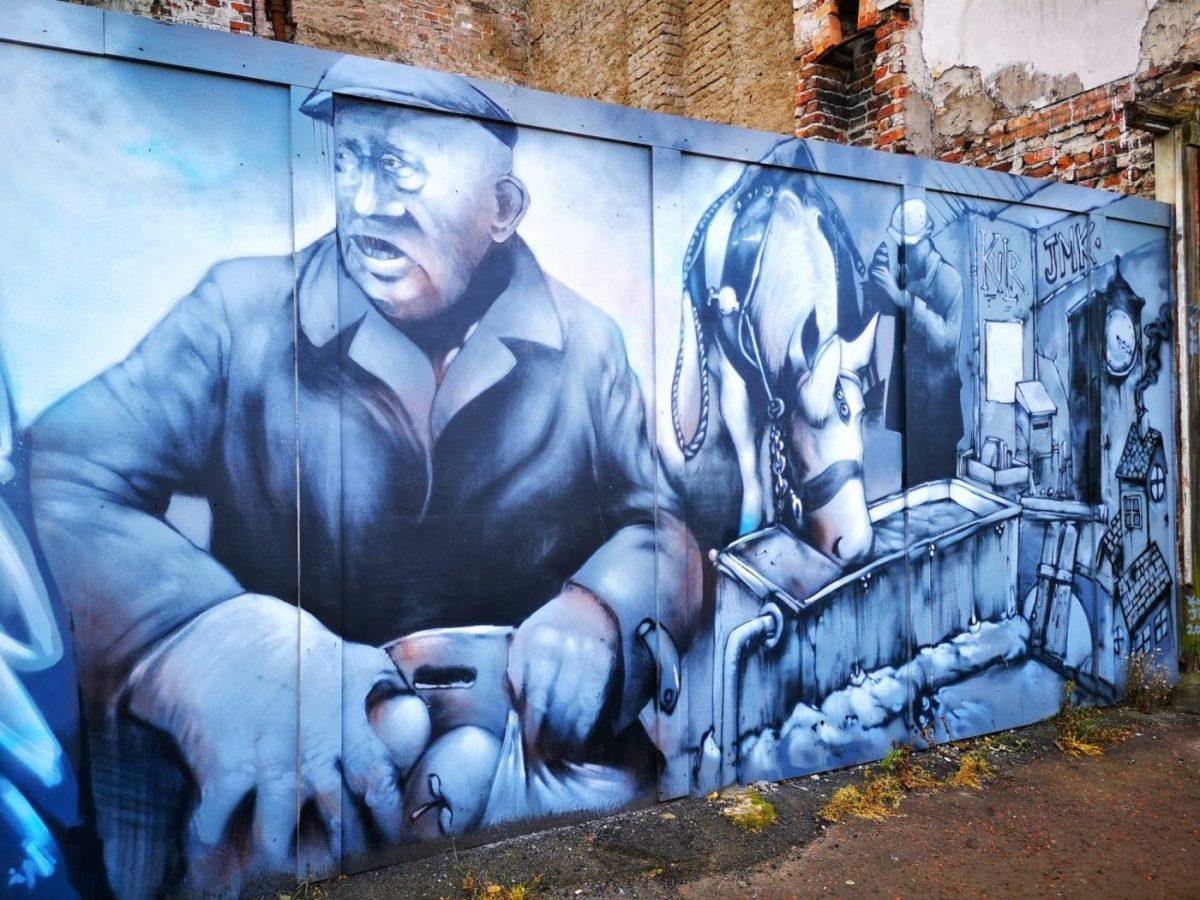 Belfast Street Art - Scenes from a market in Belfast