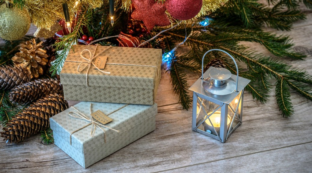 The Best Gift Experiences to Give to Travel Lovers - Tales of a ...