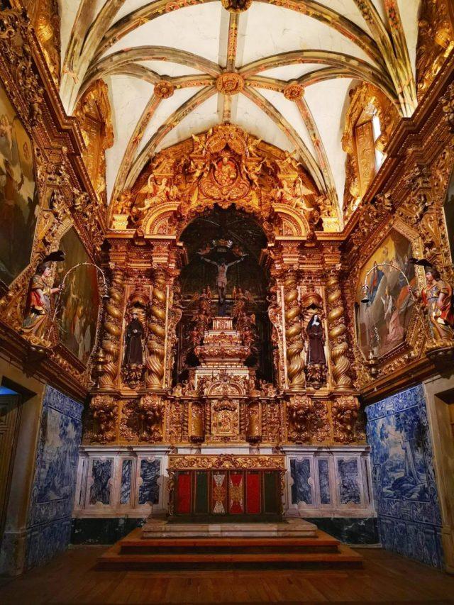 Inside San Francisco Church in Evora - a Igreja de Sao Francisco