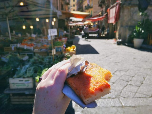 Eating Sfincione - Tasty Street Food in Palermo
