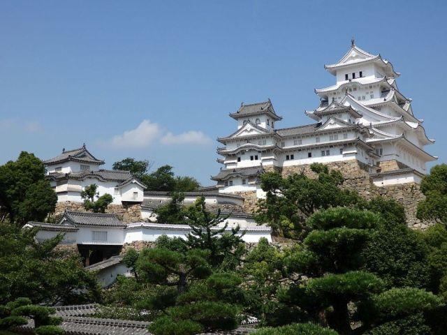 Himeji Castle Japan - Fairytale Castles Around the World